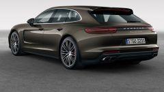 Porsche: la Panamera Sport Turismo pronta per Ginevra 2017 - Immagine: 1