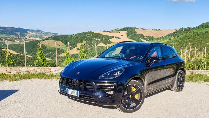 Porsche Macan: anche lei arriverà in versione EV, dal 2022