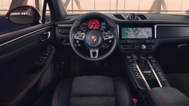 Porsche Macan GTS: l'abitacolo interno
