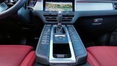Porsche Macan Turbo 2020, la console centrale