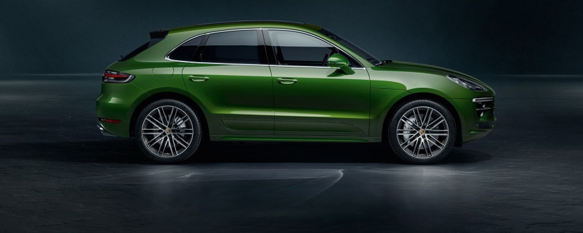 Porsche Macan Turbo 2020: vista laterale