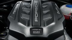 Porsche Macan Turbo: col Performance Package il motore guadagna 40 cv e 50 Nm di coppia