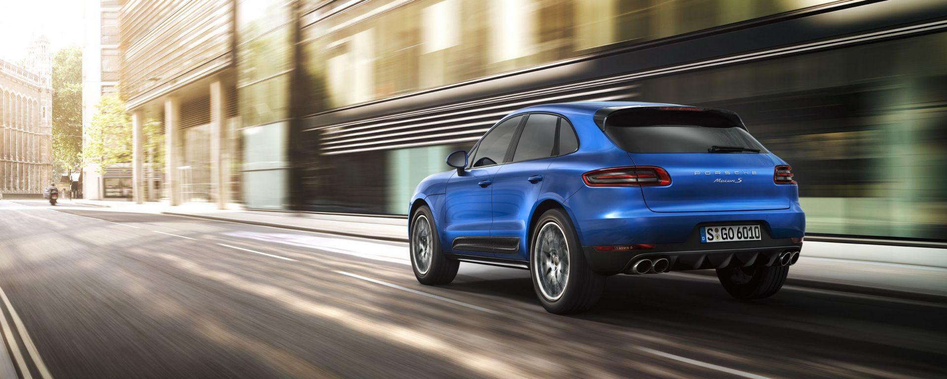 Porsche Macan: nuove foto, info e prezzi