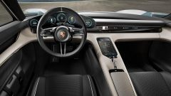 Porsche Mission E Concept: gli interni