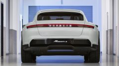 Porsche Mission E Cross Turismo Concept: in video dal Salone di Ginevra 2018 - Immagine: 6