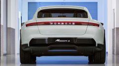 Porsche Mission E Cross Turismo Concept: vista posteriore