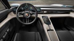 Porsche Mission E: l'abitacolo