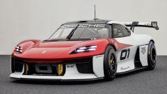 IAA 2021: la Porsche Mission R in video con Patrick Dempsey