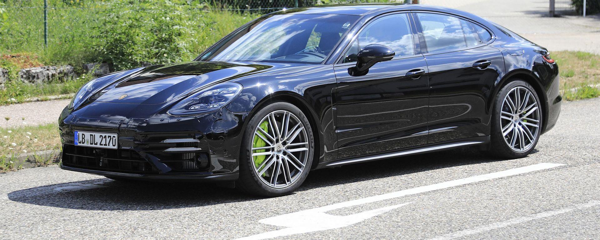 Porsche Panamera 2020 vista anteriore