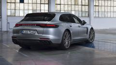 Porsche Panamera 4 E-Hybrid Sport Turismo: posteriore