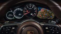 Porsche Panamera Sport Turismo: il volante