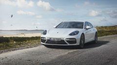 Porsche Panamera Turbo Sport Turismo S E-Hybrid: 680 cavalli green  - Immagine: 7