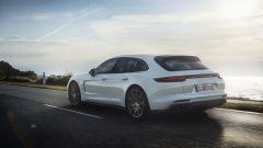 Porsche Panamera Turbo Sport Turismo S E-Hybrid: 680 cavalli green  - Immagine: 9