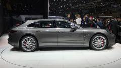 Porsche Panamera Sport Turismo, Salone di Ginevra 2017, fiancata
