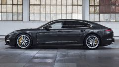 Porsche Panamera Turbo S E-Hybrid Executive: laterale