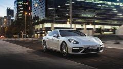 Porsche Panamera Turbo S E-Hybrid: prima top di gamma a trazione ibrida plug-in