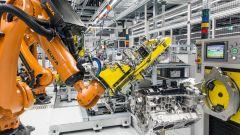 Porsche: pronta la nuova fabbrica per i motori V8 - Immagine: 4
