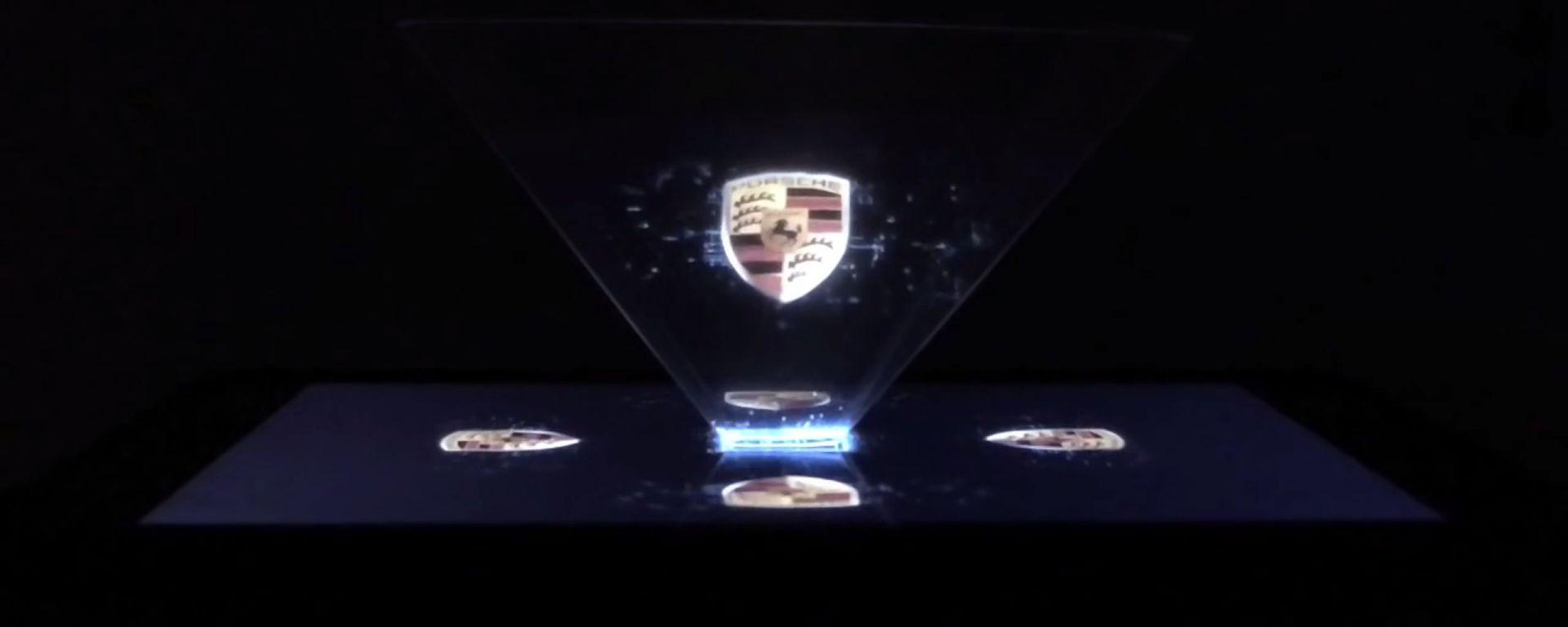 Porsche: la pubblicità in un ologramma
