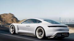 Porsche ribadisce: la Mission E non vede una rivale nella Tesla Model S - Immagine: 2
