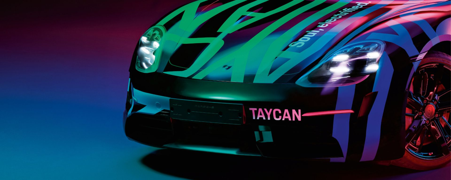 Porsche Taycan: nuove immagini ufficiali