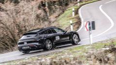 Porsche Taycan Cross Turismo: foto spia del prototipo