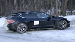 Porsche Taycan Cross Turismo: i test in Svezia