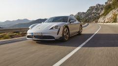 Porsche Taycan Cross Turismo: la nuova sportiva elettrica tedesca