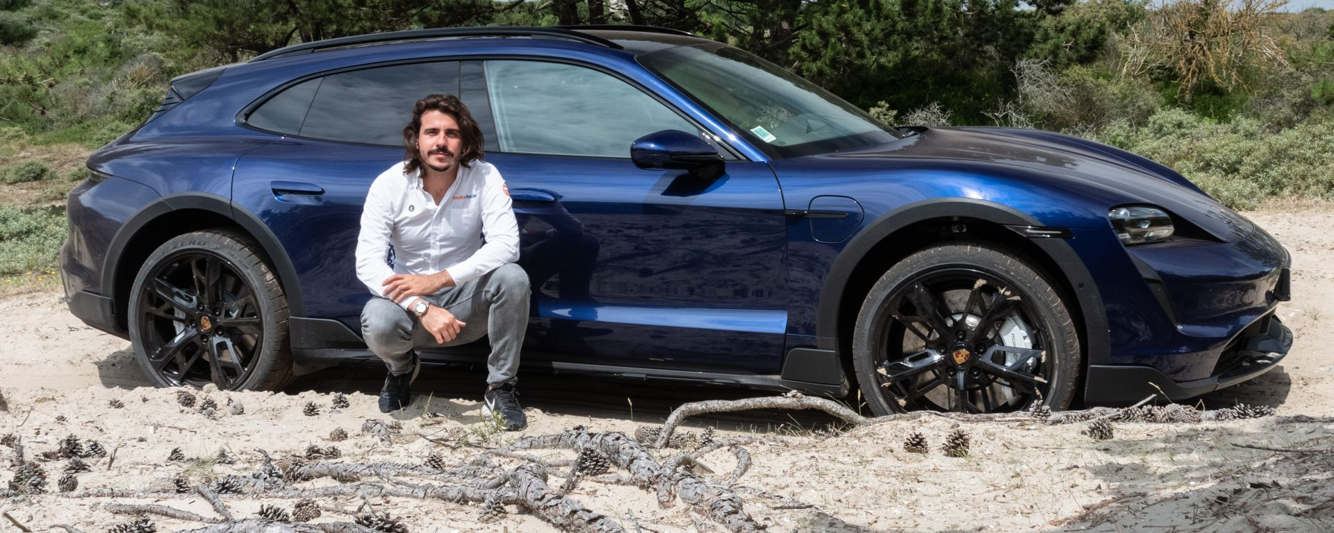 Porsche Taycan Cross Turismo, la video prova di un'avventura 100% elettrica