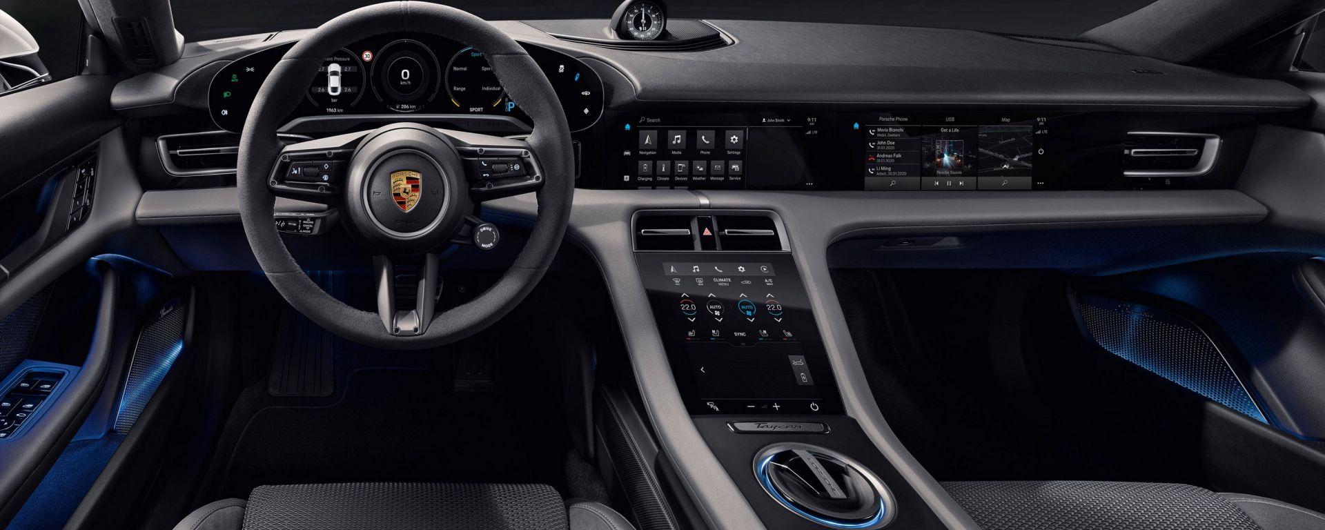 Porsche Taycan, ecco gli interni