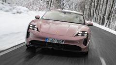 Porsche Taycan RWD, modello base sarai tu. La prova video - Immagine: 7
