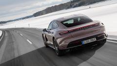 Porsche Taycan RWD, modello base sarai tu. La prova video - Immagine: 9