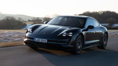 Porsche Taycan RWD, modello base sarai tu. La prova video - Immagine: 10