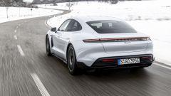 Porsche Taycan RWD, modello base sarai tu. La prova video - Immagine: 15