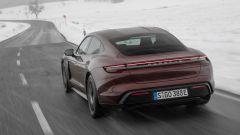 Porsche Taycan RWD, modello base sarai tu. La prova video - Immagine: 17
