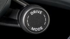 Porsche Taycan RWD, modello base sarai tu. La prova video - Immagine: 20