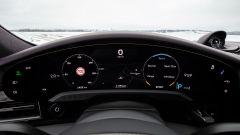 Porsche Taycan RWD, modello base sarai tu. La prova video - Immagine: 22