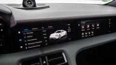 Porsche Taycan RWD, modello base sarai tu. La prova video - Immagine: 24