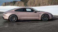 Porsche Taycan RWD, modello base sarai tu. La prova video - Immagine: 38