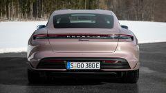 Porsche Taycan RWD, modello base sarai tu. La prova video - Immagine: 40