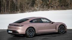 Porsche Taycan RWD, modello base sarai tu. La prova video - Immagine: 41
