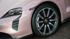 Porsche Taycan RWD, modello base sarai tu. La prova video - Immagine: 46