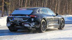 Porsche Taycan Sport Turismo, nuove foto spia. (Quasi) nuda - Immagine: 7