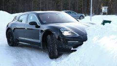 Porsche Taycan Sport Turismo, nuove foto spia. (Quasi) nuda - Immagine: 8
