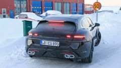 Porsche Taycan Sport Turismo, nuove foto spia. (Quasi) nuda - Immagine: 13