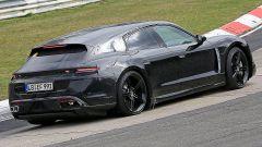 Porsche Taycan Sport Turismo vista posteriore