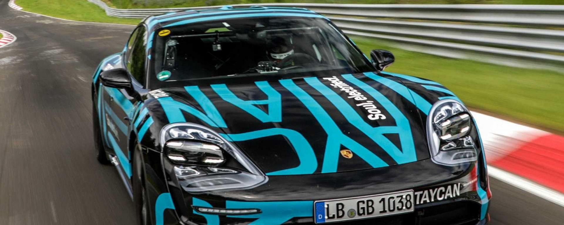 Porsche Taycan Turbo al Nurburgring