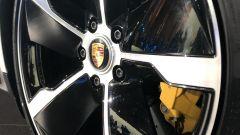 Porsche Taycan Turbo S: dettaglio dei cerchi