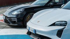 Porsche Taycan Turbo S vs Panamera Turbo S: quale frontale preferite?