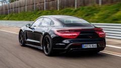 Porsche Taycan, vista posteriore