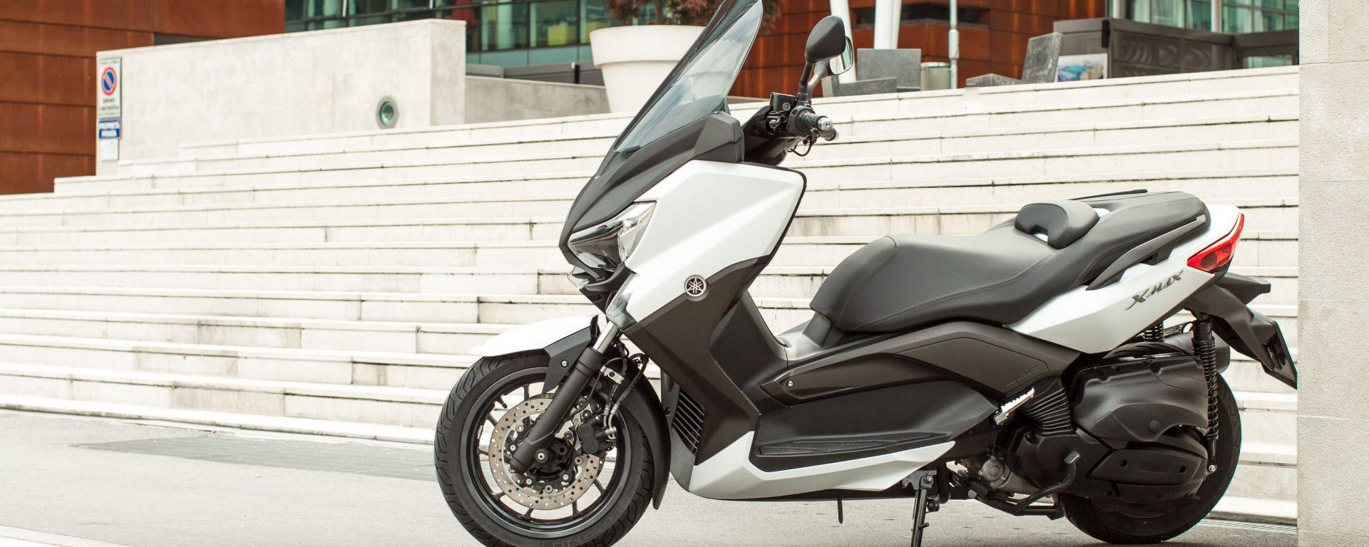 Porte aperte Yamaha X-Max 400